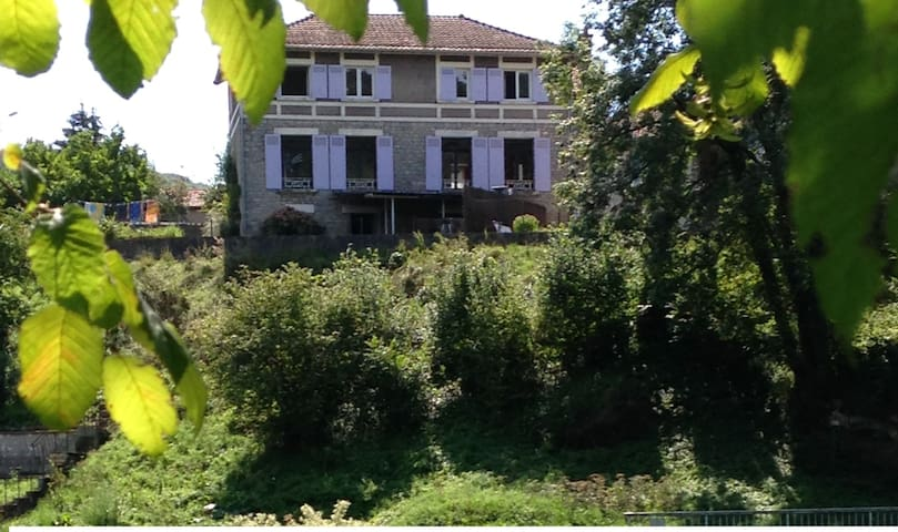 LES HAUTS DE LA LOUE - Ornans - Hus
