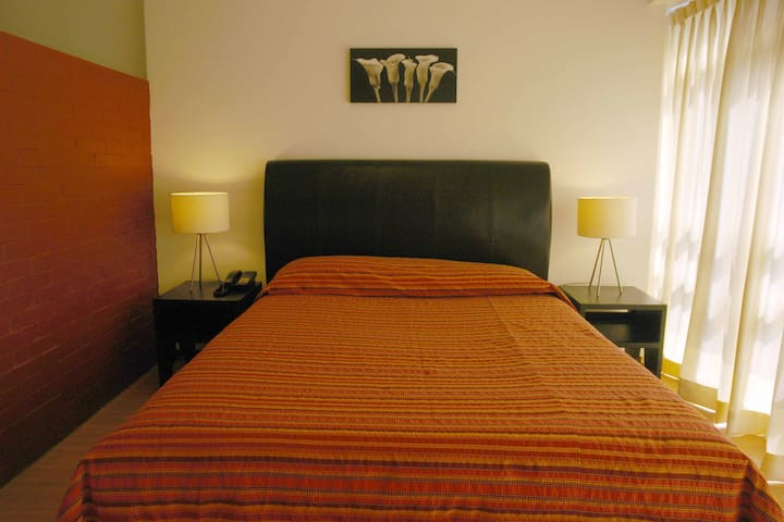 Furnished suites exelent location - Mexico City - Apartment