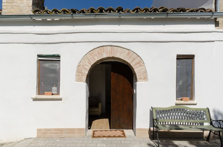 Tranquil BnB amongst olive groves - Piano Croce 34 - Hus