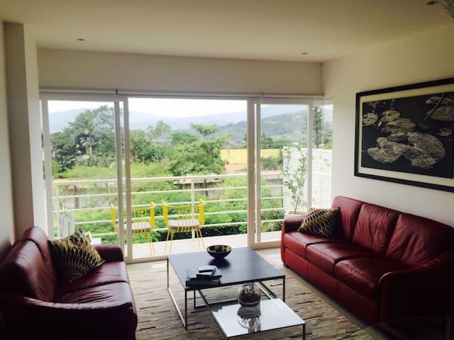 Stunning Apartment in prime location . Santa Ana