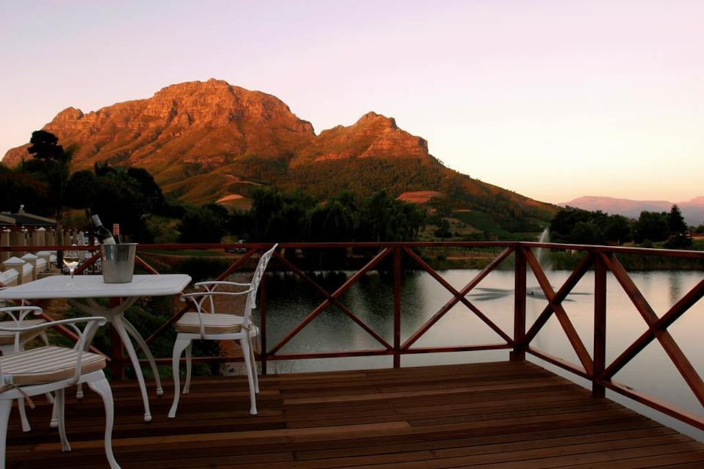 Late afternoon view of Simonsberg.