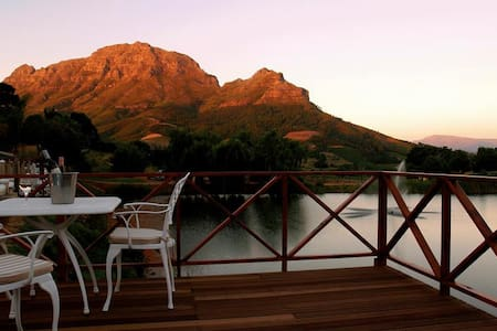 Charming Vineyard accommodation. - Pniel, Stellenbosch