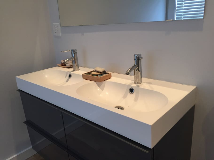Bath with double sink and large shower