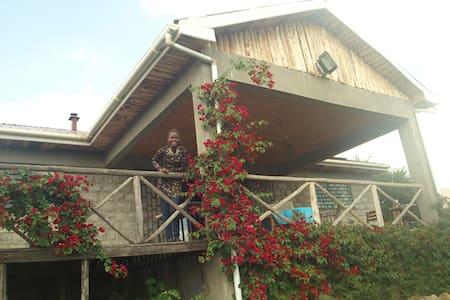 Kambel Kottage. Amazing views - Casa