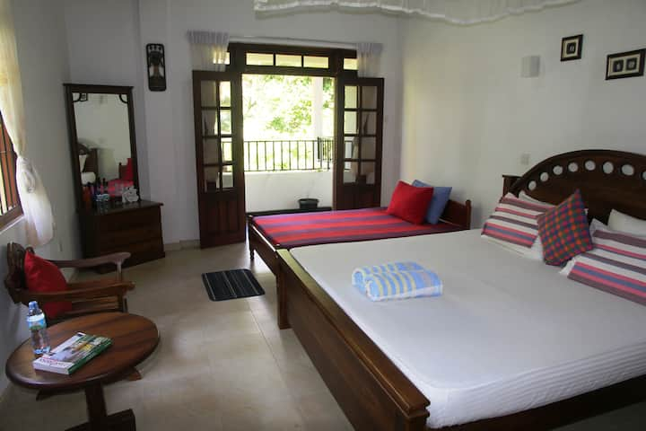 River side home stay apartments
