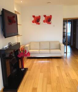 Luxury private Portrush apartment - Portrush