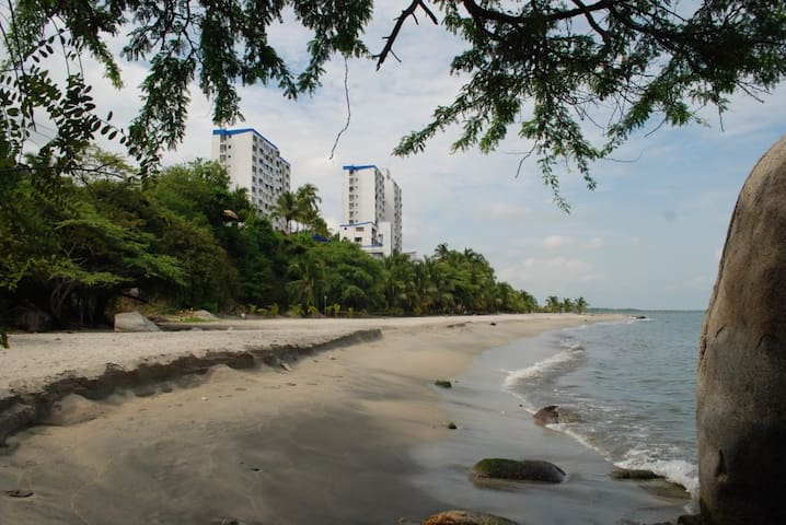 Apartament on Private beach Colombia
