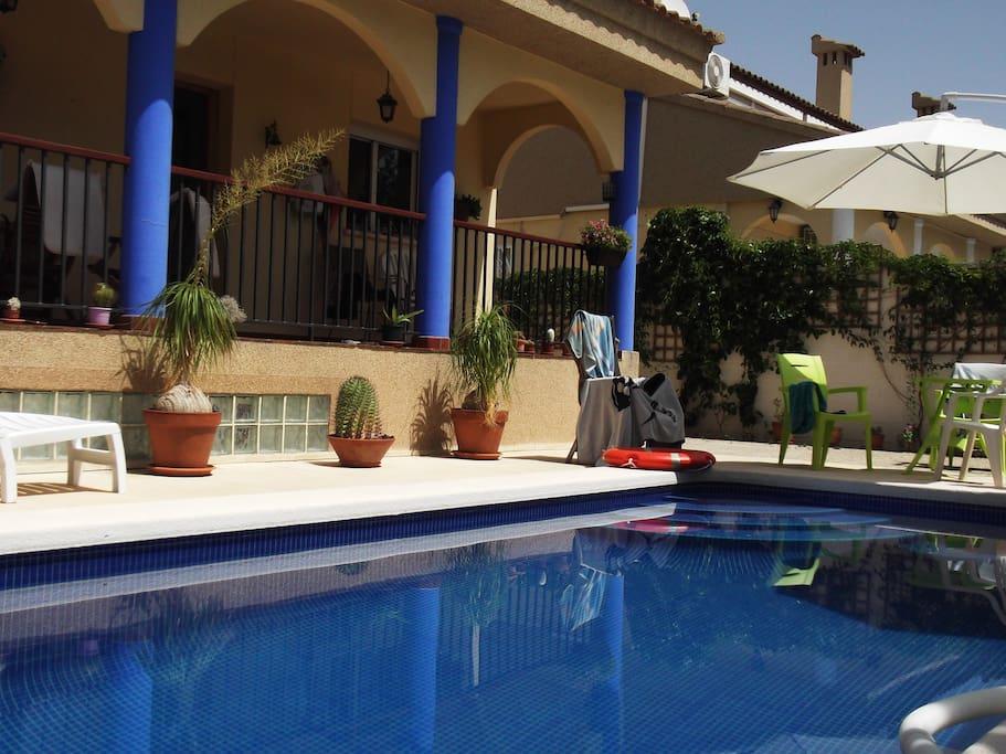 Casa con piscina privada piscina casas en alquiler for Casa con piscina privada alquiler