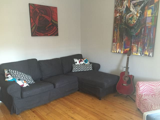 Big appartement for 10 travellers in Lachine area - Lachine, Montréal - Apartment