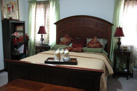 Ambiance Chalet -2 Bedroom  Loft