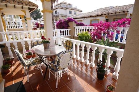 Casa Uibhist modern 2 bedroom villa - Orihuela