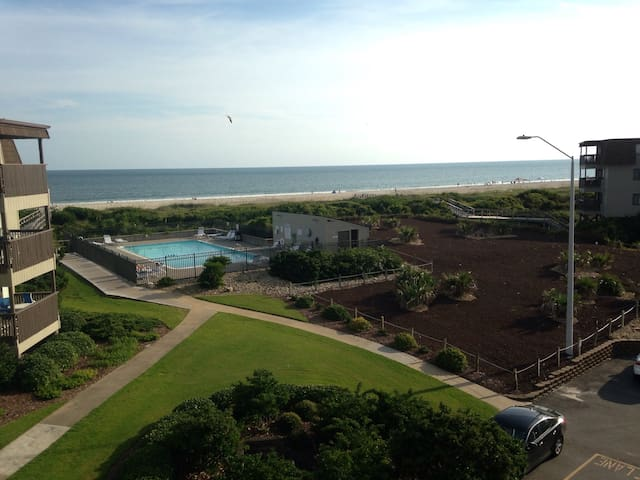 Ocean view condo in AB! - Atlantic Beach - Apartment