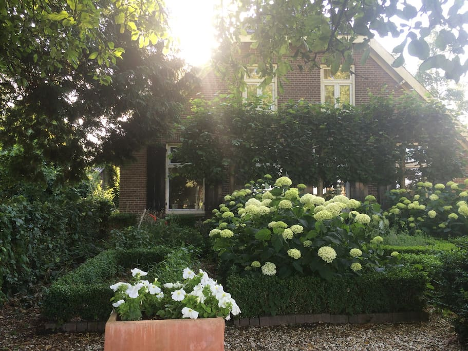 Romantische kamer op boerderij bed breakfasts for rent in de glind - Romantische kamer ...