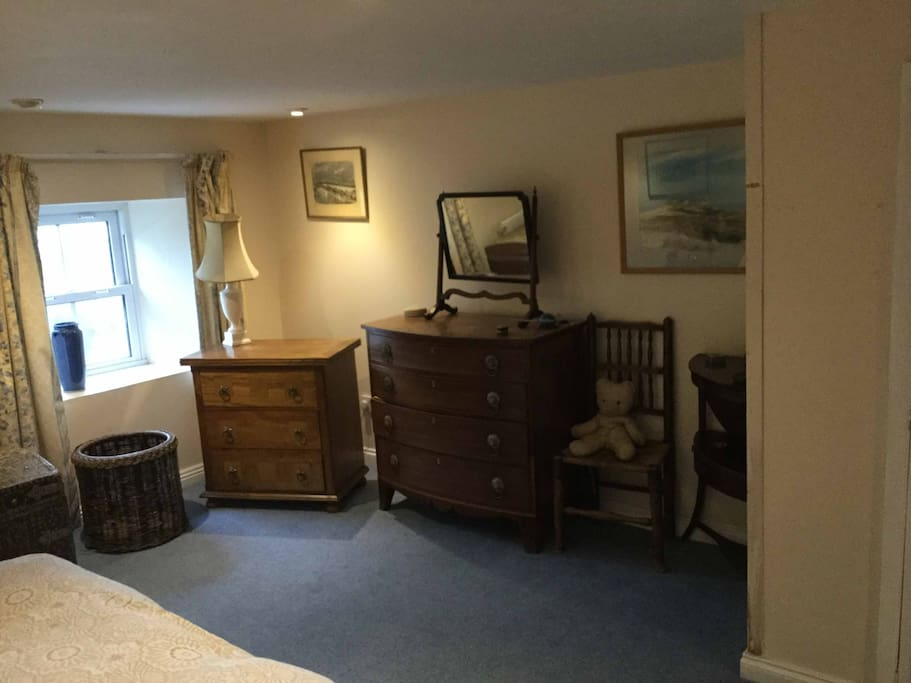 Comfortably Furnished