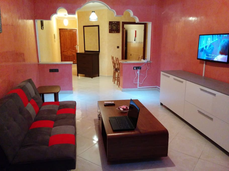livingroom, with sleeping sofa's.