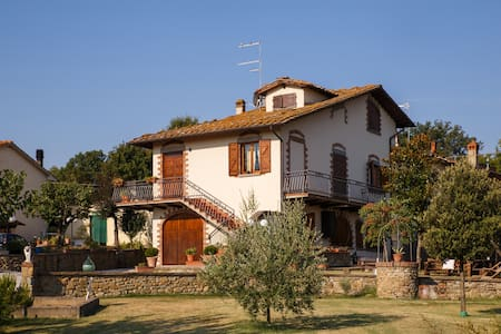 Casa Aloe B&B  in Tuscany