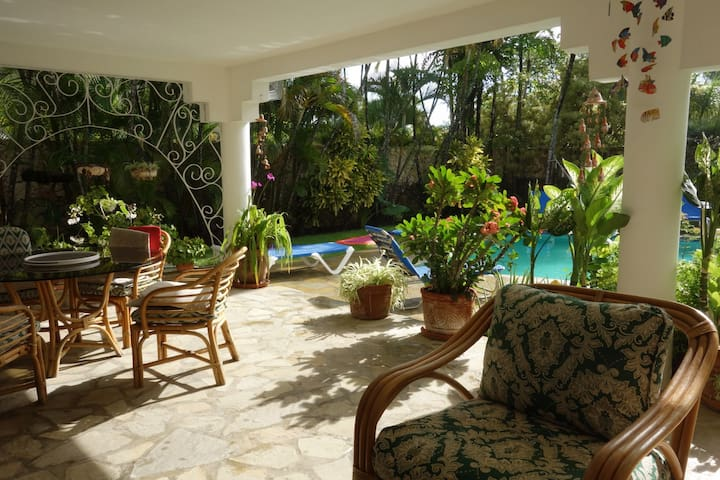 Casa Blanca - beautiful garden villa in Cabarete