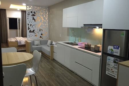 A nice apartment by beautiful beach - 芽庄 - 公寓