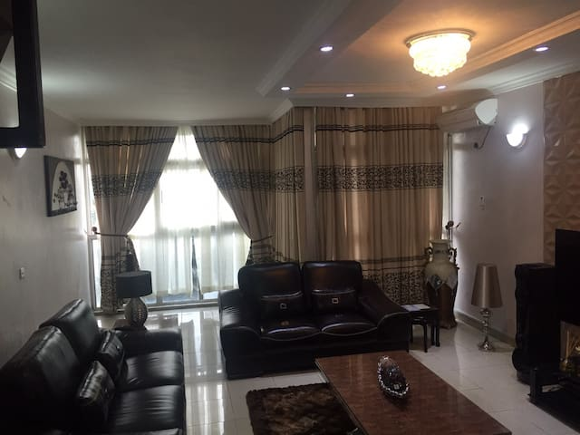2 BR furnished Maisonette, 1004 Est - Eti-Osa - Appartement