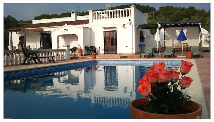 Casa Olivo: privacy, ruimte & een groot zwembad