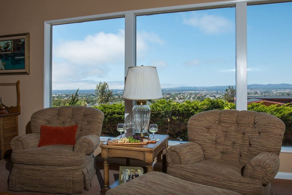 Expansive sky and sunset views from the comfortable swivel chairs