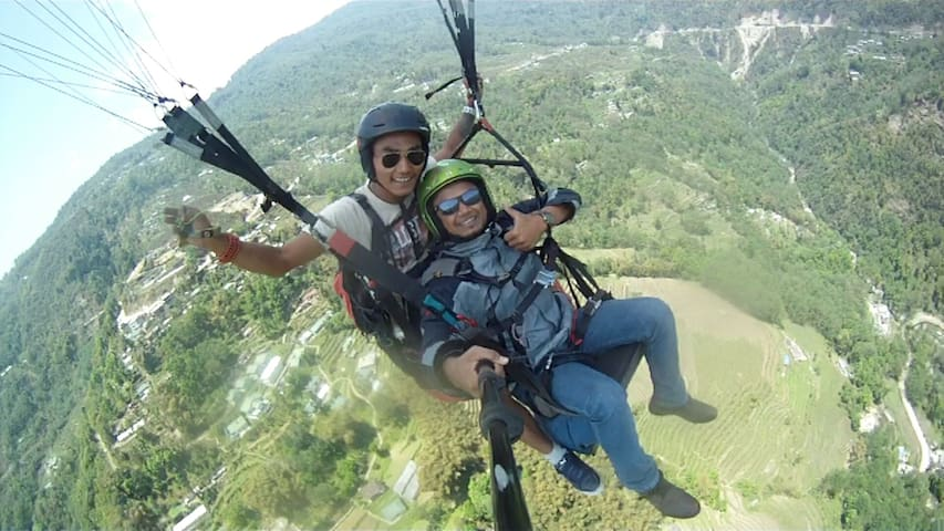 Paragliding Experience in Gangtok: We can help you to plan your trip to Sikkim.