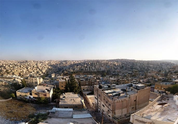 Spectacular View & Super Clean - Amman - Byt