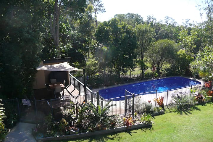 Yarrandabbi Dreaming Licensed B&B Breakfasts incl. - Macleay Island - Bed & Breakfast