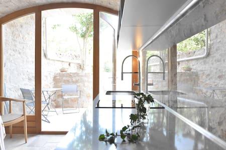 Charmante Garden Suite im Steinhaus - Cittavecchia - Villa