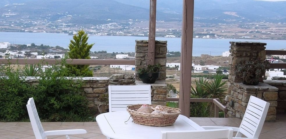 A house with panoramic view - ANTIPAROS - Huis