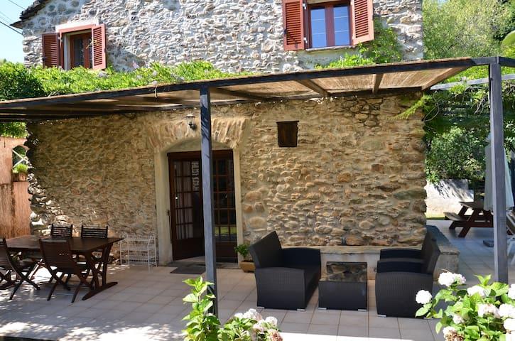 Maison traditionnelle Corse - San-Nicolao - บ้าน