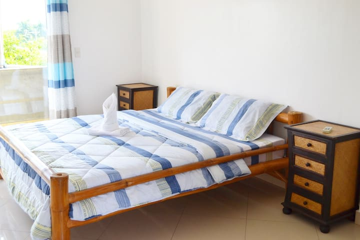 Semi-furnished Studio Apt. (Rm. 4) - Talisay City - Apartament
