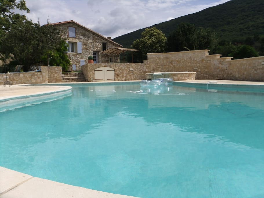 Gite de charme en drome proven ale in savasse rhone alpes for Piscine autoportante 1m20