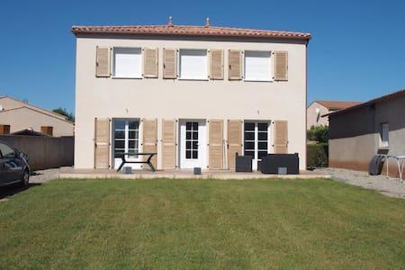 Maison à Canet dans l'Hérault