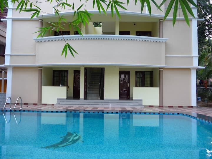 Ganesh Ayurveda Holiday Home bed and breakfast