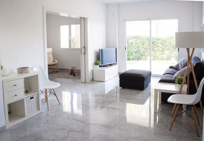 Frontline Beach Townhouse 3bed+sofa - Marbella - House