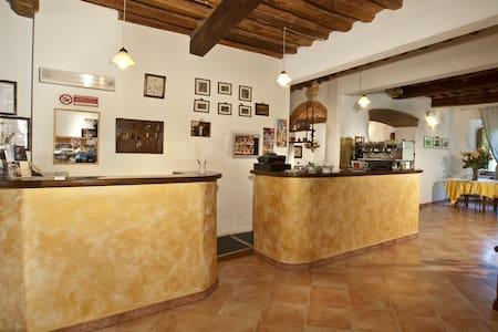 Accogliente BnB in Toscana - La Miniera - Aamiaismajoitus