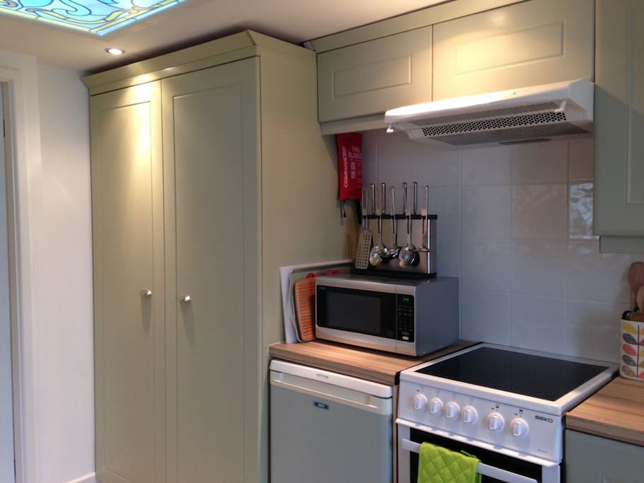 A modern kitchen with plenty of storage for all your things.