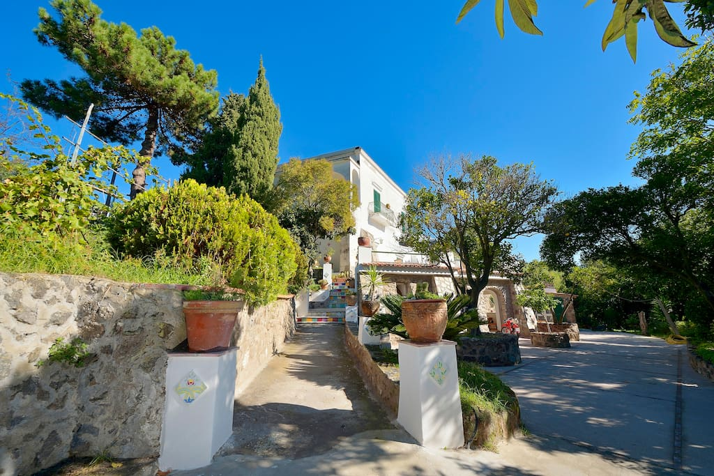 Find homes in Conca dei Marini on Airbnb