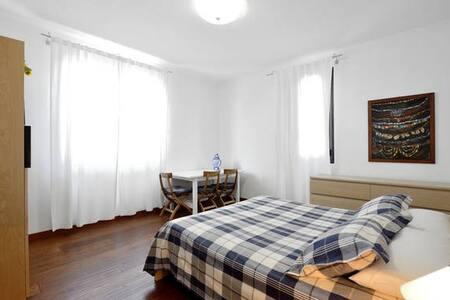 B&B Rest house 15 min to Malpensa