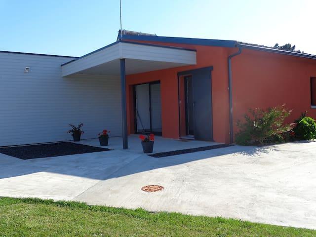 Logement récent pour 4 personnes - Brem-sur-Mer - Lägenhet