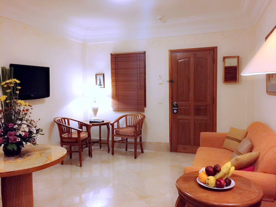 1BR Suite Living Room