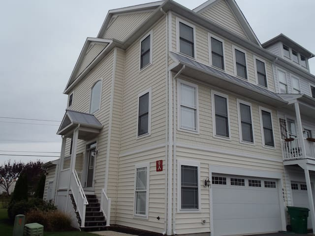 Boathouse -Great for Large Families (Sun to Sun) - Ocean City