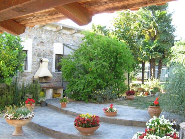 A DIECI MINUTI DA CASTIGLIONCELLO - Castelnuovo della Misericordia - Lägenhet