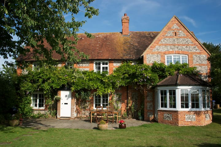 Red Cottage, Wiltshire - Newton Tony - Rumah