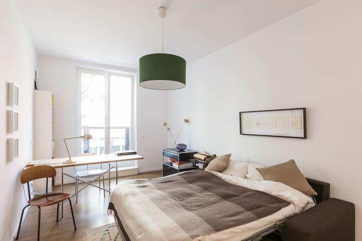 Living in the heart of West Berlin - Berlin - Lägenhet