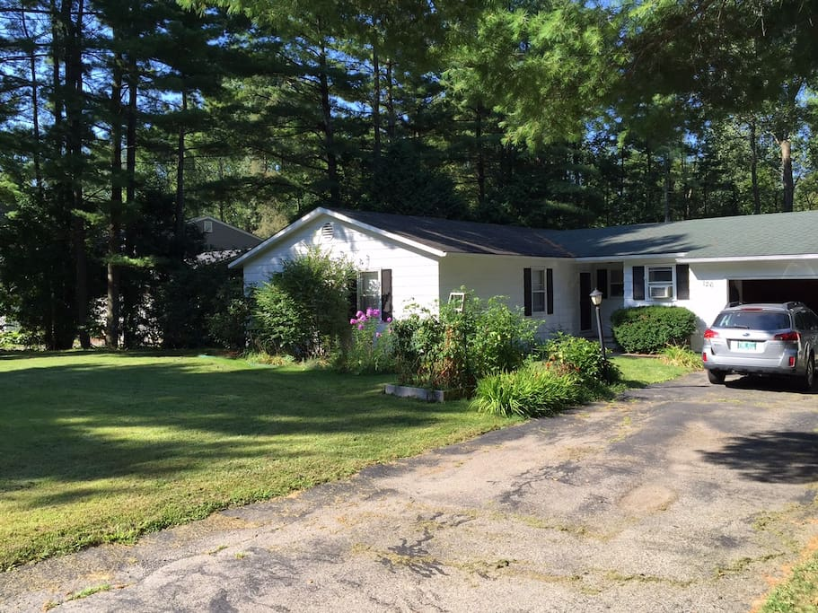 Spend The Holidays In Beautiful Vermont Houses For Rent In Shelburne Vermont United States