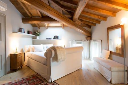 Al Vecchio Mulino Stanza  Alba - Sant'Ambrogio di Valpolicella