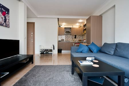 Center Location, Clean, Chic, Cozy - İstanbul/Sisli