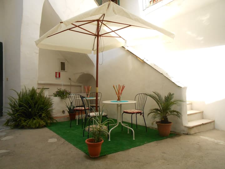 Bed & Breakfast il Patio  Procida